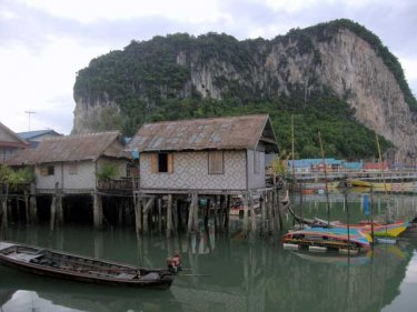 The water village of Panyee survives the perils of pollution