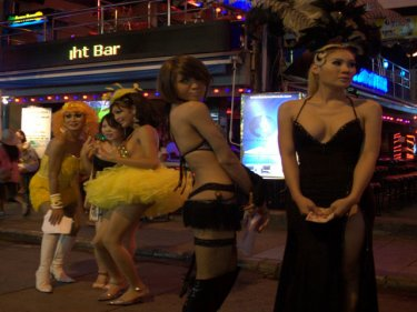 Ladyboys in Patong during a US warship visit in June: There is no ...