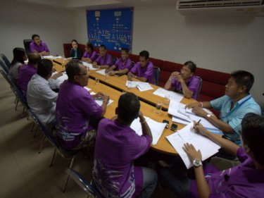 Patong's new taxi federation meets last night, with a police colonel and Phuketwan