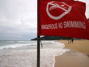 New red flags at Karon, but people still go swimming and die