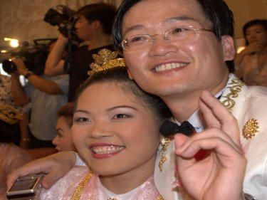 Phuket newlyweds: Perhaps as happy as it gets on the holiday island