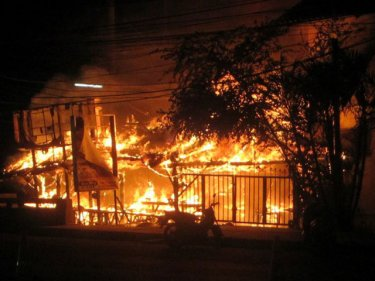 Flames consume the Phuket landmark where expats once consumed beer