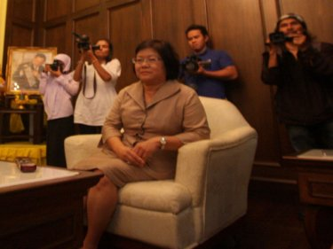 Phuket Vice Governor  Dr Sommai Preechasin with media at her shoulder