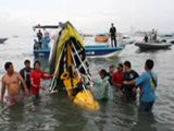 Pattaya Microlight Crashes Into Sea While Scattering Ashes:  One Briton Dead, One Injured