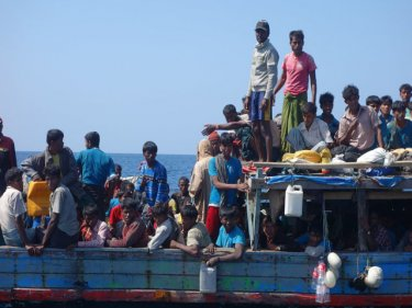 Rohingya put to sea because they fear 'certain death' in racist Burma