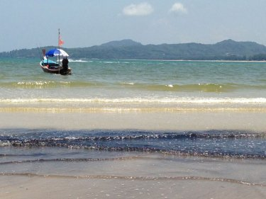 Pollution on a famous Phuket beach: one reason for change
