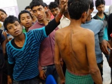 Rohingya boatpeople say they were beaten by Andaman Sea smugglers