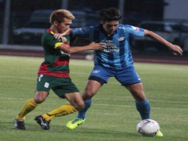 Phuket FC players perform well to hold Chonburi FC last night