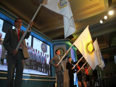 Rotary branches unite to celebrate the new appointments on Phuket