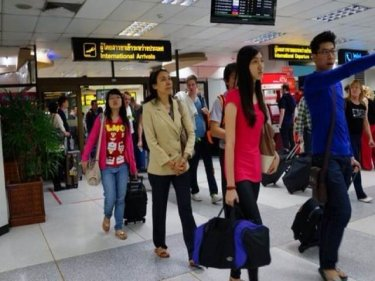 No point in increasing Phuket passenger numbers without balance