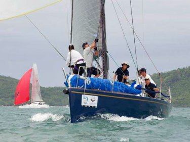 Jessandra II on their way to victory in IRC Racing II.