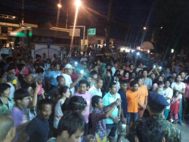 Hundreds of people have joined an angry protest over two deaths on Phuket