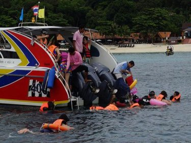 Chinese snorkellers off Phi Phi: improved safety standards demanded